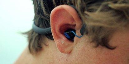 Water and Earphone, Together, waterproof earphones headset headphone, swimming with music, ipod under water