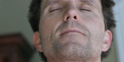 breath in, smell, man guy chin up, nod, nodding, shave