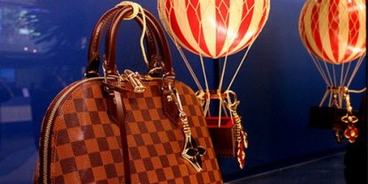 The most expensive hand bags for women, stylish bags, Just An Expensive Bag, ridiculously expensive gucci bags, signature expensive costly bags, stylish bags, stupid bags