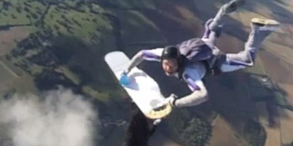 Extreme Ironing Skydive, extreme sports, awkward absurd things to do in air, cool dive iron clothes while free falling