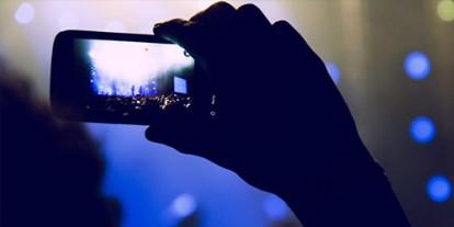 Camera View, Camera crowd in concert, video HD recording in concerts, camera rule in concerts, blue smartphone