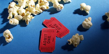Movie tickes, popcorns, movies, cinema house, price to pay for movies 2012, delicious popcorn, perfect made popcorn, best popcorn flavor for cinema, popcorn on the floor